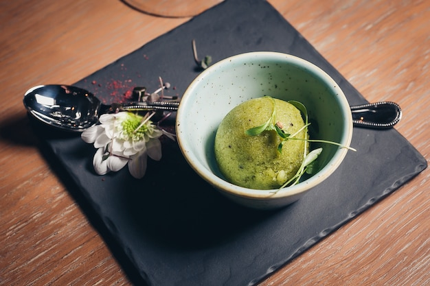 Sorvete de pistache cal verde refrescante