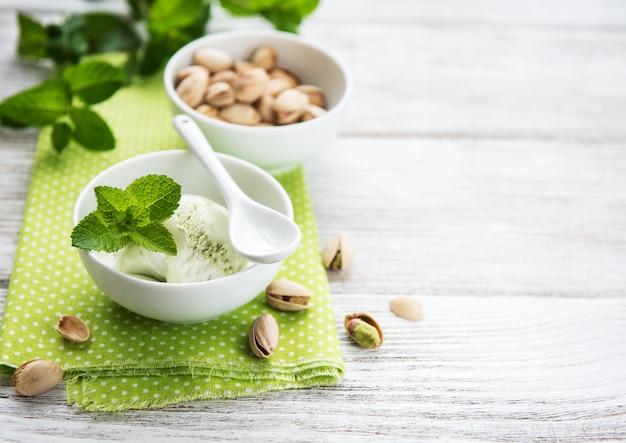 Sorvete de pistache e hortelã