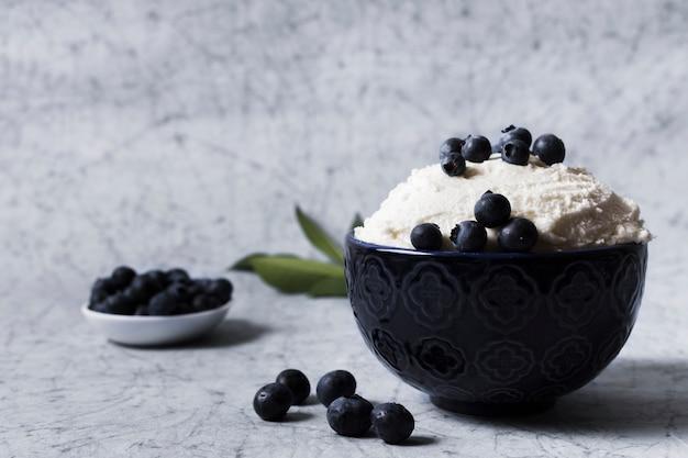 Sorvete de sorvete com frutas