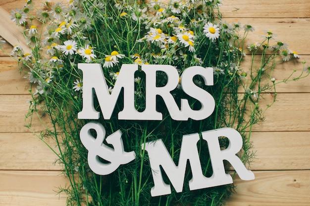 Sr. & sra. sinal de casamento