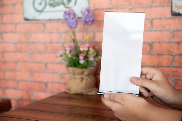 Stand mock up menu quadro cartão de tenda