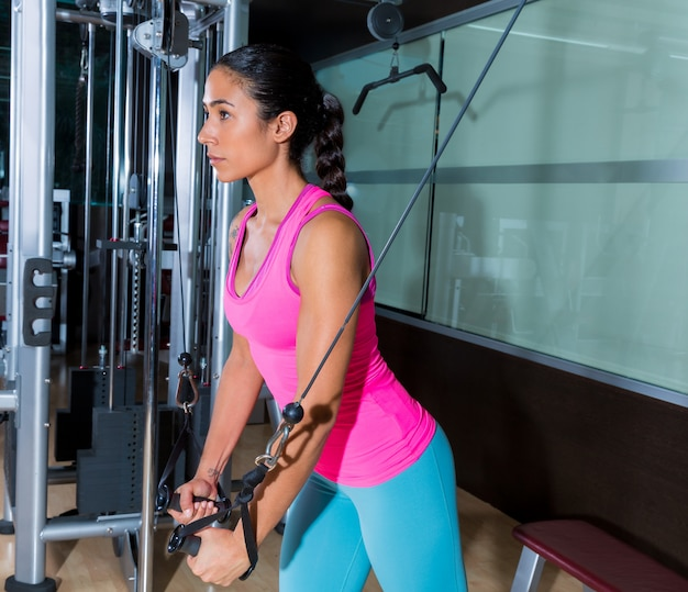 Standing cable crossover fly voa treino de mulher