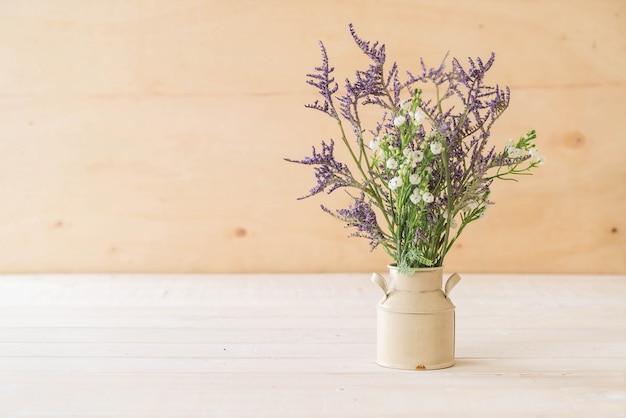 Statice e flores de caspia