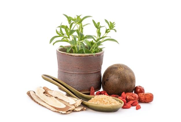 Stevia, alcaçuz, siraitia grosvenorii, jujuba e goji berry isoladas.