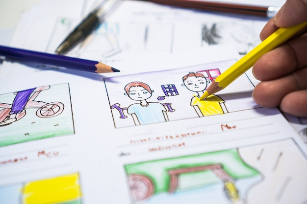 Storyboard do criador ou desenho de narrativa criativo para roteiro de filmes de mídia de pré-produção de processo de filme para editores de vídeo, animação de ilustração de desenho animado para gravação de produção