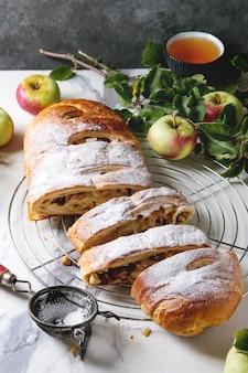 Strudel de maçã caseiro