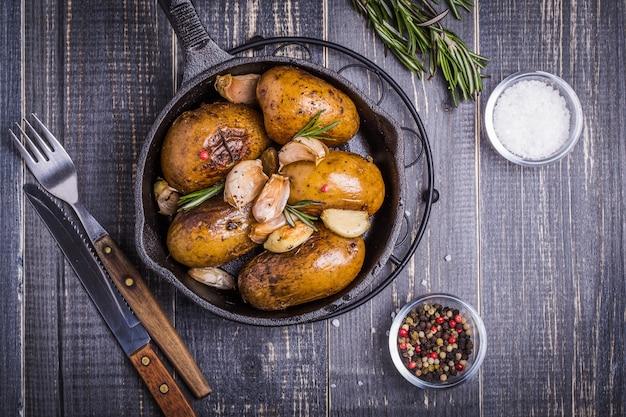 Style¡ batatas estilo campestre com alecrim, alho
