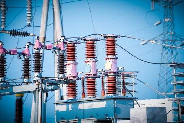 Subestação de energia de alta tensão