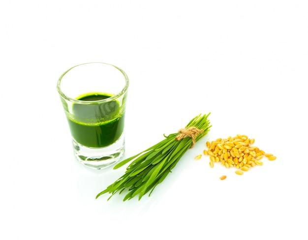 Suco de espargos e sementes