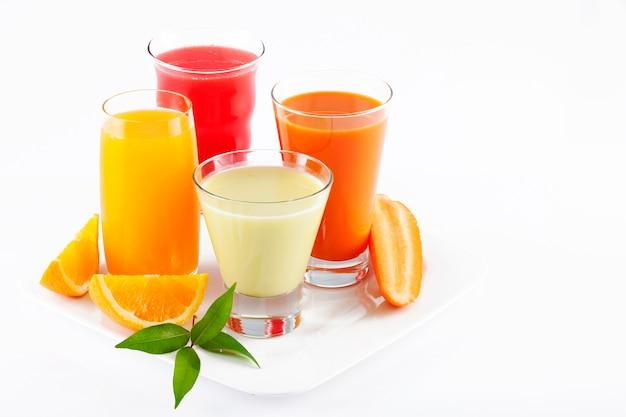 Suco de frutas orgânicas saudáveis