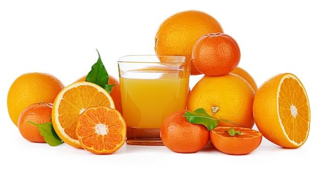 Suco de laranja fresco em copo