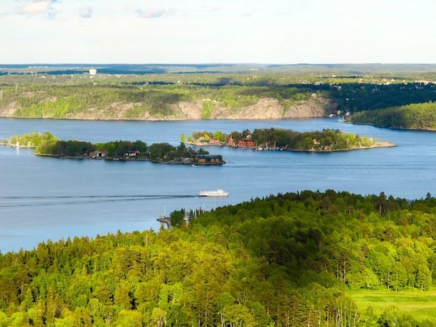 Suécia estocolmo pode vista aérea de pequenas ilhas da torre de tv kaknastornet