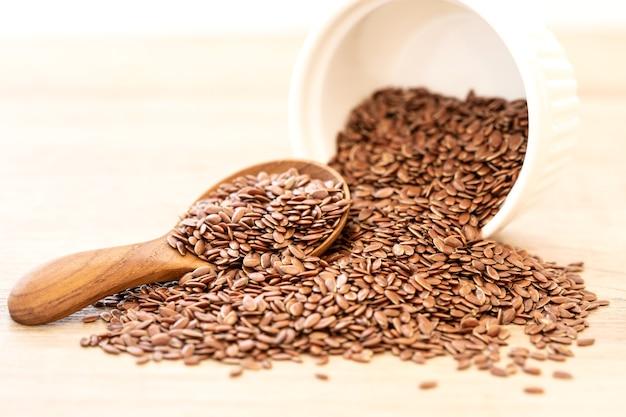 Super alimento com alto teor de nutrientes fibrosos e ácidos graxos ômega-3 anti-inflamatórios