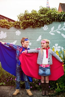 Super-heróis kids friends brave adorable concept