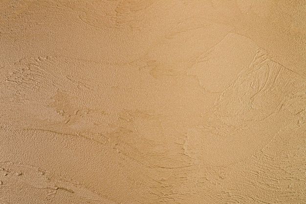 Superfície áspera na parede de concreto
