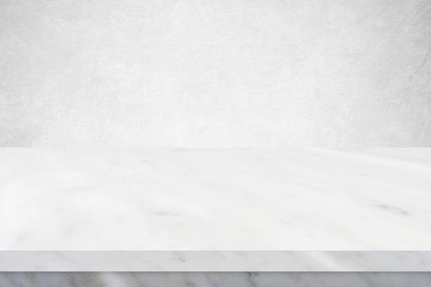 Superfície da mesa de mármore de perspectiva, tampo de mesa de mármore cinza e branco para exposição de produtos de cozinha, mesa vazia, prateleira, balcão e parede branca para o cenário de alimentos e loja, modelo