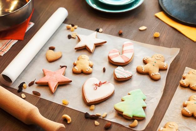 Superfície de biscoitos de gengibre coloridos