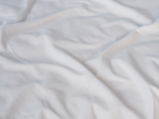 Superfície de lençol branco amassado