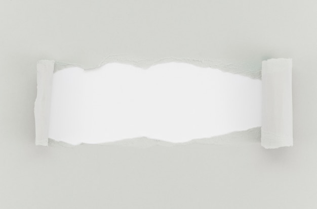 Superfície de papel rasgado cinza