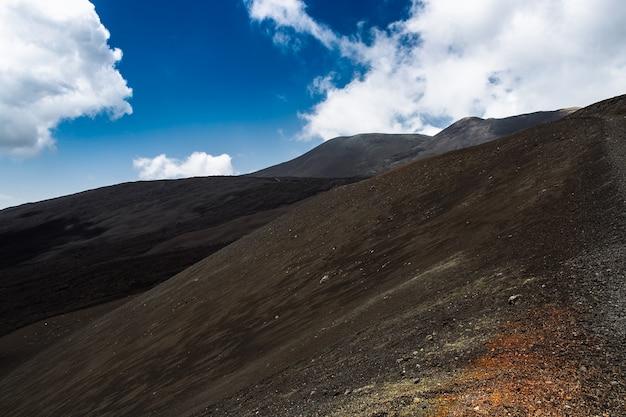 Superfície do vulcão etna na sicília, itália
