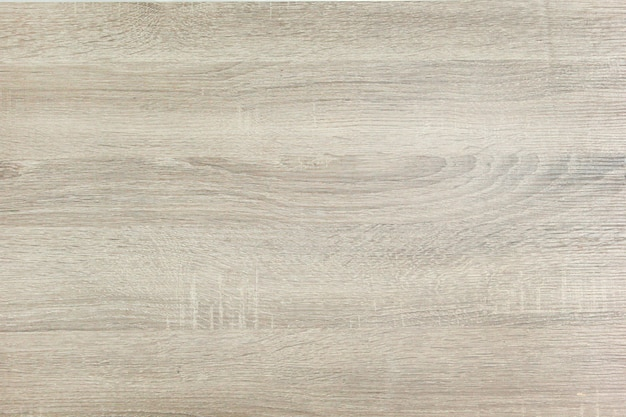 Superfície lisa da placa de madeira polida.