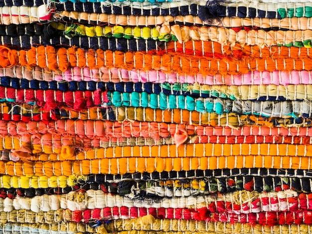 Superfície texturizada artesanal colorida
