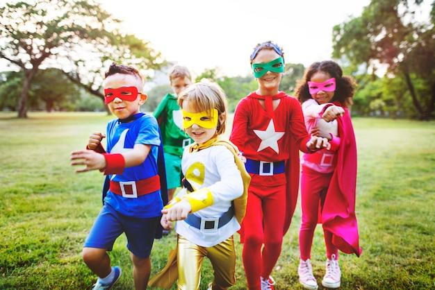 Superhero, crianças, aspiração, imaginação, brincalhão, divertimento, conceito