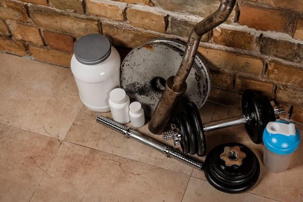 Suplementos alimentares e equipamentos esportivos