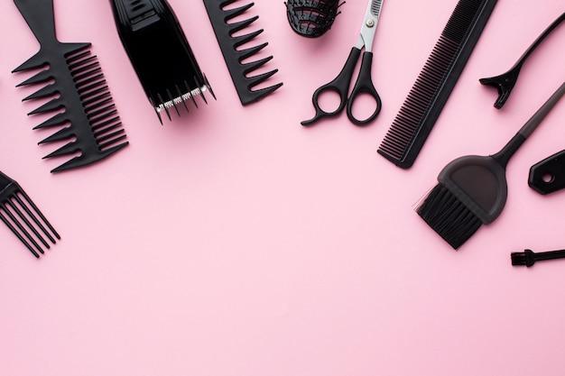 Suprimentos para cabelos em configuração plana
