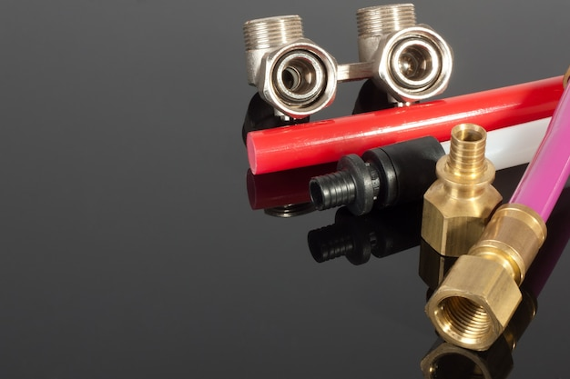 Suprimentos para encanamento - tubos, acessórios e válvulas