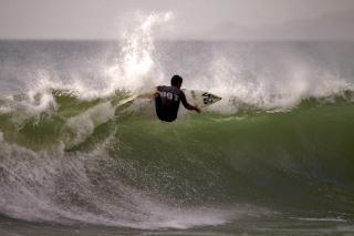 Surfista, o mar