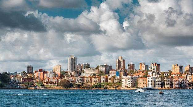 Sydney, austrália - 12 de dezembro de 2014: vista da cidade do porto de sydney