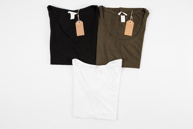 T-shirt preto e verde