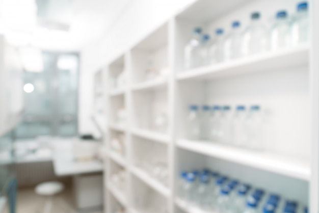 Tabela científica: interior moderno do laboratório fora de foco