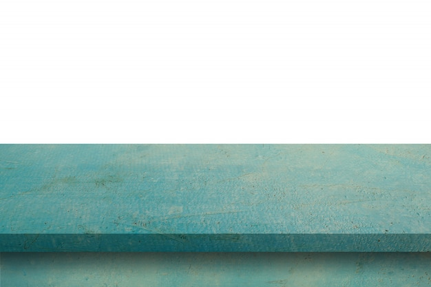 Tabela de madeira azul vazia no fundo branco do isolado e na montagem da exposição com espaço da cópia para o produto.