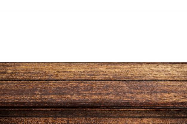 Tabela de madeira vazia no fundo branco isolado e montagem de exibição com espaço de cópia para o produto.