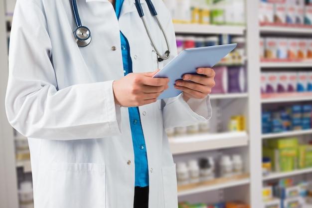 Tablet droga séria farmácia touchscreen