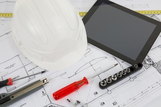 Tablet pc com ferramentas de arquitetura e construção