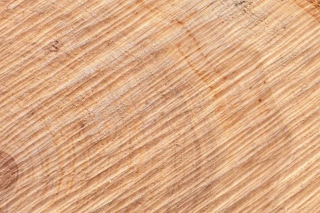 Tábua de madeira com esnobe