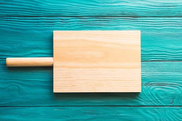 Tábua de madeira vazia em verde