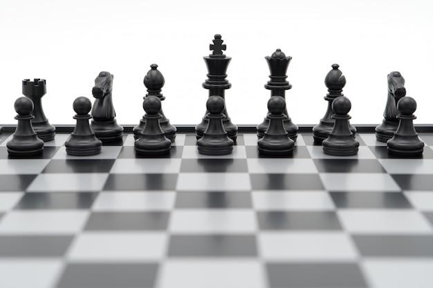 Tabuleiro de xadrez com uma peça de xadrez nas costas negociar nos negócios. como conceito de negócio de fundo