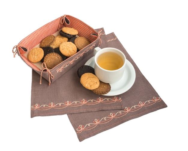 Taça com compota e biscoitos