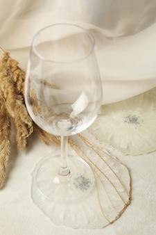 Taças de champanhe e resina epóxi