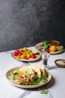 Tacos de milho vegetariano