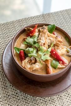 Tailandesa tom yum kung