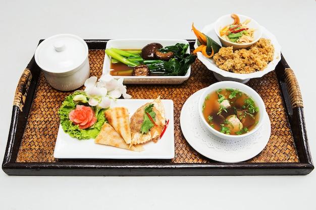 Tailândia realizou uma série de alimentos