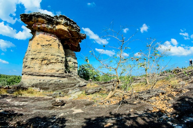 Tailândia stonehenge sao chaleang província de ubonratchathani, tailândia