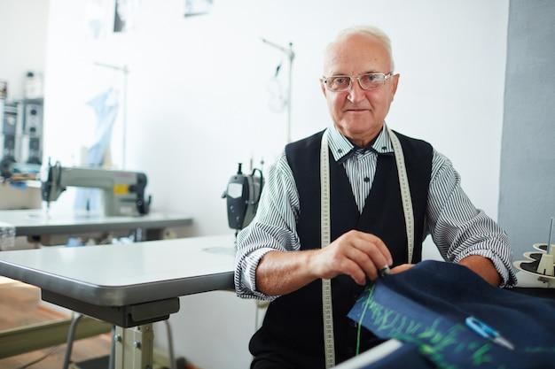 Tailor em oficina