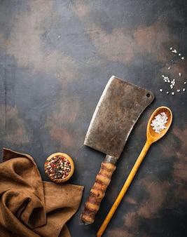 Talhador vintage com especiarias