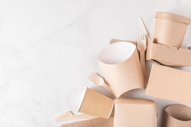 Talheres descartáveis ecológicos em madeira e papel de bambu